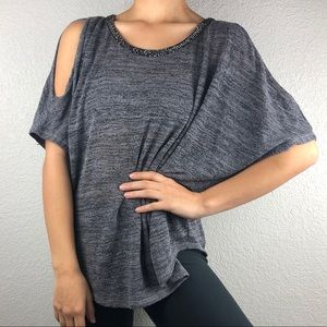 🌻 Gray Juicy Couture cold shoulder blouse
